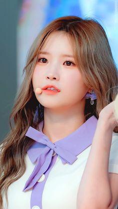 Kpop Girl Groups, Korean Girl Groups, Kpop Girls, K Pop, 9 Songs, Golden Child, Love Is Sweet, Pop Group, South Korean Girls