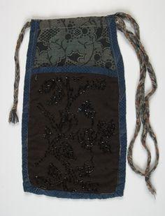 Estonian museums web portal - the pocket, women Folk Costume, Costumes, Scandinavian Living, Patchwork Bags, Antique Clothing, Kiwi, Pouches, Handicraft, Finland