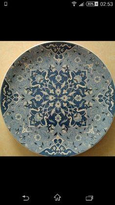 Tabak Glazes For Pottery, Ceramic Pottery, Pottery Art, Pottery Ideas, Turkish Art, Turkish Tiles, Clay Plates, Ceramic Plates, Hand Painted Pottery