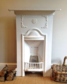 I want one in my bedroom and bathroom. Victorian House Interiors, Victorian Bedroom, Victorian Fireplace, Victorian Terrace, 1930s Fireplace, Bedroom Fireplace, Cozy Fireplace, Fireplace Design, Fireplace Ideas