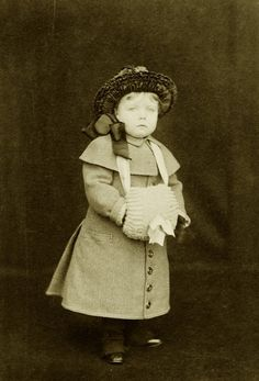 Little Margaret Connaught, later Crownprincess of Sweden.