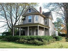 VICTORIAN FARMHOUSE W/WRAP AROUND FRONT PORCH SITUATED ON 1/2 LOT W/VIEW OF LAFAYETTE RIVER. EXPANDED MASTER BDRM SUITE W/BUILT IN DESK & WORKSPACE. WALK IN CLOSET & MASTER BATH. PASSIVE SOLAR SUNROOM & LARGE DECK FACING RIVER. SOLID & EXCELLENT OPPORTUNITY W/SELLER OFFERING $20K DECOR ALLOWANCE.
