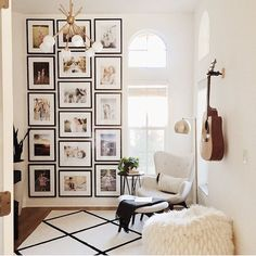 """2,387 Likes, 25 Comments - Apartment Therapy (@apartmenttherapy) on Instagram: """"Now THAT'S a gallery wall to be inspired by. (Image: @mandychengdesign)"""""""