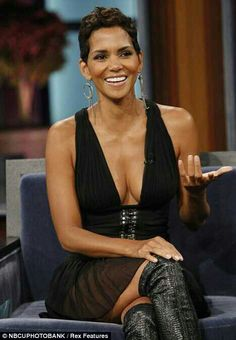 Image detail for -It's hard to believe that Halle Berry is a mother of one. The gorgeous actress made a stunning appearance on the Jay Leno show last night, proving she is . Halle Berry Pixie, Halle Berry Style, Halle Berry Hot, Halley Berry, African American Beauty, Black Goddess, American Actress, Lady, Berries