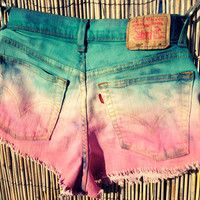 wadulifashions.com - Vintage Levi's Denim High Waisted Ombre Shorts / by UnraveledClothing