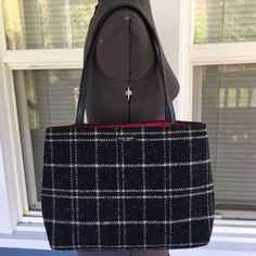 "VINTAGE 90sKATE SPADE Wool Tote Handbag Purse, computer, or book bagVIntage KATE SPADE Wool Tote Handbag.  Fully lined.  Black & gray wool plaid tote.  9-1/2"" strap drop.  13"" x 10"" x 4"".   In amazing condition, only flaw I see is that top closing flap has crease in it. kate spade Bags Totes"