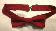 Thin bowtie for an adult
