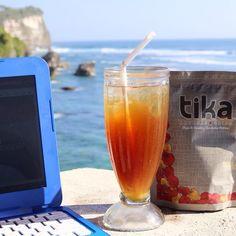 Des chips TIKA sur une terrasse et au soleil, ça fait rêver, n'est ce pas ? #byace