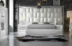 Hispania Home London Bedroom Hispania Home Color: High Gloss, Size: Queen Wood Bedroom Sets, Black Bedroom Furniture, Bed Furniture, Modern Bedroom, Furniture Layout, Bed Headboard Design, Bedroom Bed Design, Headboards For Beds, Murphy Bed Ikea