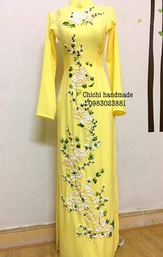 Embroidery Suits Design, Hand Work Embroidery, Embroidery Fashion, Wedding Lehnga, Ribbon Work, Ao Dai, Fashion Details, Cotton Dresses, Designer Dresses