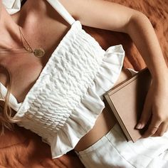 Diy Crop Top, Cute Crop Tops, Tank Tops, Crop Top Outfits, Mode Outfits, Sweater Outfits, Diy Clothing, Sewing Clothes, Diy Fashion