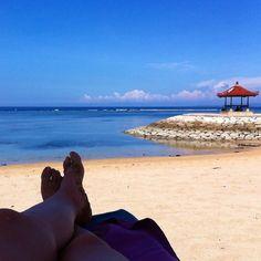 Último día de playa #Bali #indonesia #indonesian #indotravellers #indonesia_photography #iphone #iphonesia #iphonegraphy #losviajesdemary #travel #traveler #traveling #travelingram #viaje #viajo #viagem #viaggi #viajar #voyage #losviajesdemary #asia #playa #phototravel #photooftheday by losviajesdemary