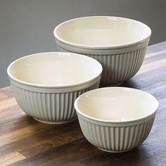 3er Set Schüsseln MYNTE Weiß bei Torquato.de - Für den Kücheneinsatz ebenso geeignet wie als Servier- und Salatschüsseln. Set mit 3 Rühr- und...