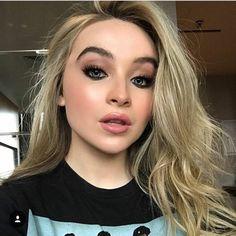 Sabrina Carpenter 2017