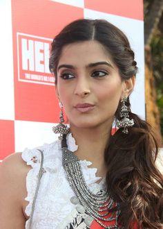 Sonam Kapoor Hairstyles, bollywood actress hairstyles, hairstyles with sarees, sonam kapoor trendy hairstyles Indian Party Hairstyles, Hairstyles Haircuts, Trendy Hairstyles, Hairdos, Updos, Straight Hairstyles, Sonam Kapoor Hairstyles, Bollywood Hairstyles, Bridal Hairdo