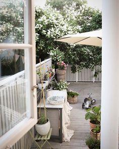 Emma Johansson (@whatdecoratesmyday) • Foton och videoklipp på Instagram Patio, Outdoor Decor, Instagram, Home Decor, Decoration Home, Terrace, Room Decor, Porch, Interior Design