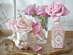 Pink Flowers : Shabby french for me: Beauty.tn - Leading Flowers Magazine, Daily Beautiful flowers for all occasions Rose Cottage, Shabby Chic Cottage, Vintage Shabby Chic, Shabby Chic Decor, Chabby Chic, Vintage Lace, Beautiful Pink Roses, Pink Love, Pretty In Pink