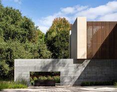 Atherton Avenue Residence by Arcanum Architecture in Atherton, California #minimalistarchitecture