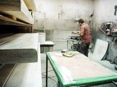 Peinture du bois #forge #design #wood #bois #acier #steel #atelier #workshop #hand #made  #glass #verre