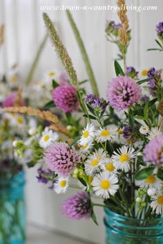 Wildflower Bouquet. Easy to Make and the Flowers are Free!