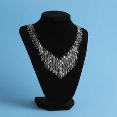 Free tutorial: Tila Necklace by Bridge Parle | Beads Direct UK Blog