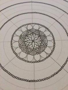 Creativity, life and happiness: adinafrigstad: How I make a mandala pt.1. In...