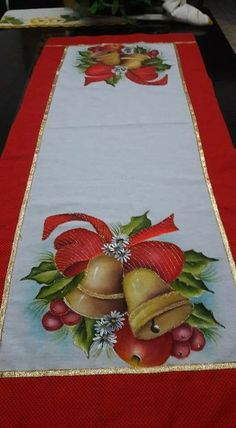 Diy Christmas Crafts To Sell, Christmas Sewing, Diy And Crafts, Christmas Decorations, Christmas Bells, A Christmas Story, Christmas Art, Chandelier Wedding Decor, Fabric Paint Designs