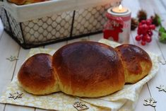 Coquille de Noël Christmas Time, Hamburger, Food Processor Recipes, Biscuits, Bread, Saint Nicolas, Cooking, Breakfast, Pains