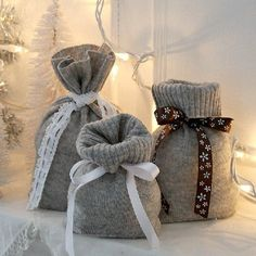 recycled cashmere sweater gift bags wm sweaters upcycling ideas Before Throwing Away That Old Sweater See 25 Ways You Can Reuse It Sweater Christmas Stockings, Christmas Sweaters, Homemade Gifts, Diy Gifts, Old Sweater Crafts, Alter Pullover, Recycled Sweaters, Ideias Diy, Recycled Crafts