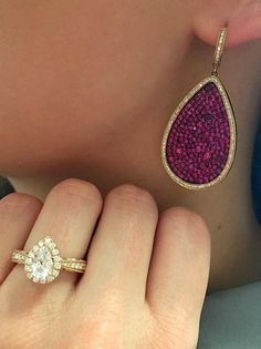 Pear shapes are all the rage... gorgeous in a pink sapphire earring or in a rose gold diamond ring!
