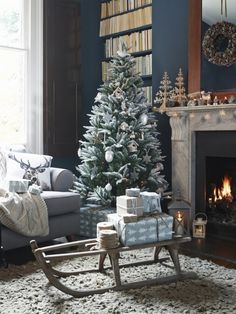 Christmas interiors to bring home the magic. Twinkle, twinkle!