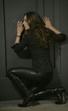 Eliza Dushku in Dollhouse TV Series 2010 wallpapers Wallpapers) – HD Wallpapers Eliza Dushku, Buffy, Dollhouse Tv Series, Brunette Actresses, Leather Jeans, Leather Boots, Black Leather, Shirt Bluse, Sexy Latex