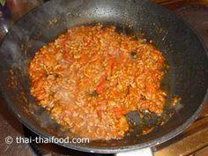 ผัดคลุกเคล้าเข้ากัน Chili Dip, Wok, Dips, Style, Ground Meat, Carrots, Essen, Swag, Sauces