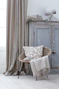Vintage: gris/grey cabinet + walls + drapes + flooring ~