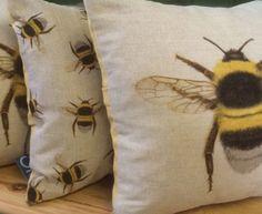 Honey bee cottage