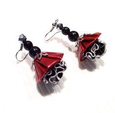 Orecchini pendenti rosso e nero riciclato capsule di ORIGINALECREA