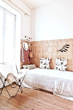 There's no question that including a headboard to a bed will improve the impact of the all-natural focal point of a bedroom design. Room, Bed Design, Headboards For Beds, Interior, Cheap Bedding, Home Bedroom, Bedroom Design, Home Decor, Interior Design
