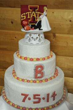 Love The Cyclone Wedding Cake Topper Iowa State Inspired Thanks Kelsie And Wes