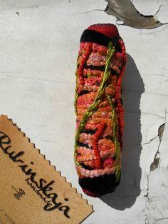 Rubinskaja handmade Dread Bead - textile, coral - http://rubinskaja.wordpress.com