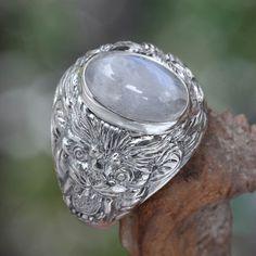 Novica Lions Charisma Strong Masculine Bezel Set Cabochon Moonstone in Highly Polished 925 Sterling Silver Mens Ring