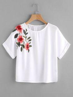 Camiseta corta con bordado Only 11.83€