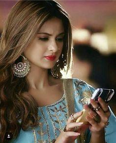 Follow me Aaysha khan 💕🤘💕 Preety Girls, Jennifer Winget Beyhadh, Cute Celebrities, Celebs, Actress Pics, Beauty Full Girl, Jennifer Love, Beautiful Girl Image, Beautiful Indian Actress