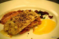 Fel principal 1: piept de pui la grătar cu trei sosuri (ierburi aromatice, portocale, cranberries) şi legume Julien.