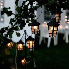 Lyslenke til å få et fantastisk koselig uteområde. Ønsk gjestene dine velkommen med lys.