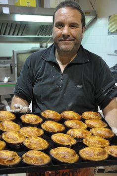 Making Pasticciotto in Puglia