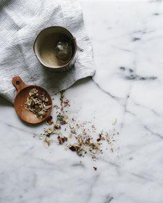 steeping + loose leaf tea//