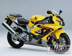 ik wil later graag motorrijden. dit is de motor van mijn vader en ik wil ook zo een.