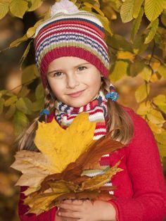 Photographiez votre enfant en cette belle saison d'automne et créez un joli livre de souvenirs avec Picthema. #Picthema #Livrephoto #Albumphoto #souvenirs #enfant