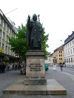 ღღ Würzburg, Bayern, Deutschland. Julius Echter von Mespelbrunn (Juliuspromenade), via Flickr.
