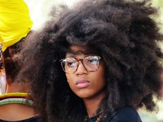 And they say that undefined natural hair can't look good. This is fabulous!